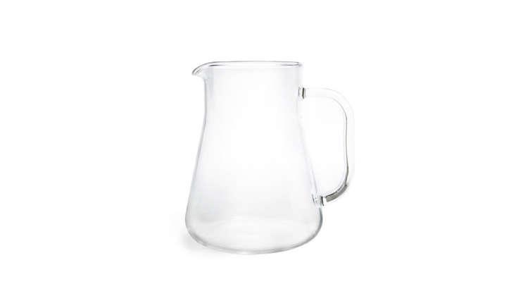 small-borosilicate-glass-lemonade-pitcher-gardenista