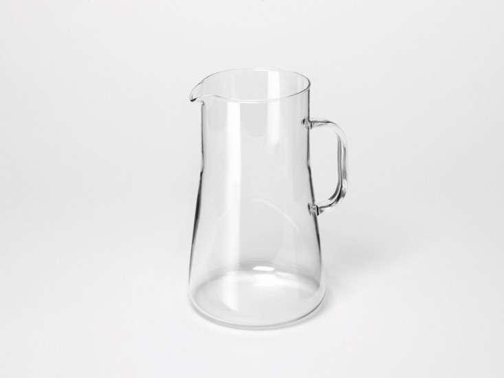trendglas-jenaer-lemonade-pitcher-gardenista