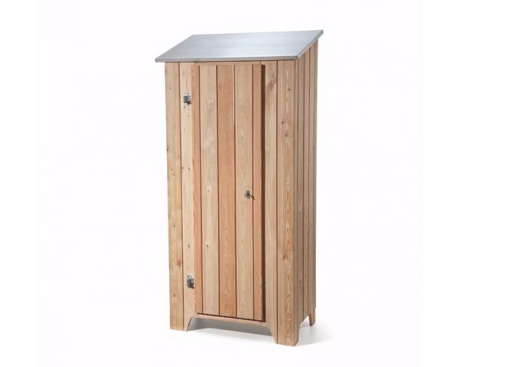 wood-garden-shed-larch-gardenista-1