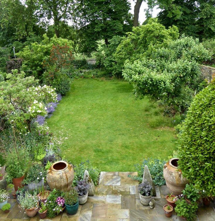 aerial-view-daisy-garnett-london-garden-gardenista