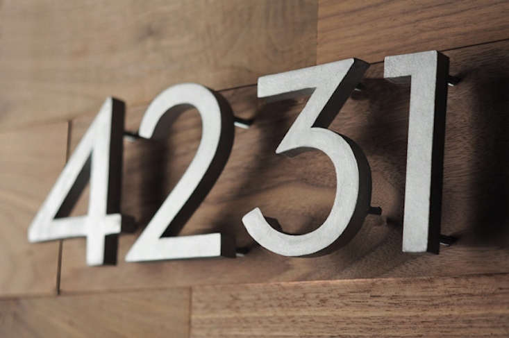 diy-modern-house-numbers-curbly-gardenista