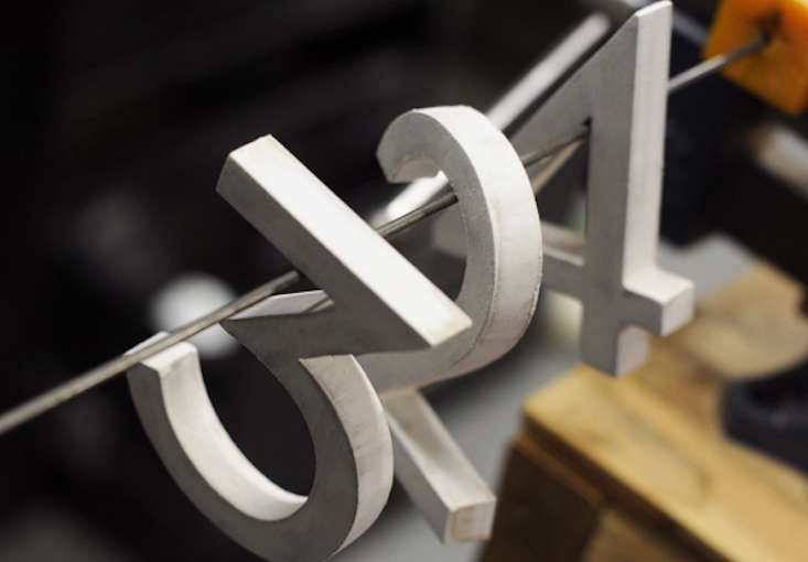 diy-modern-house-numbers-primed-curbly-gardenista