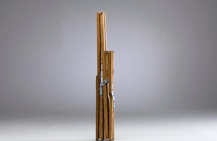 folded-folding-camp-chair-wood-frame-gardenista