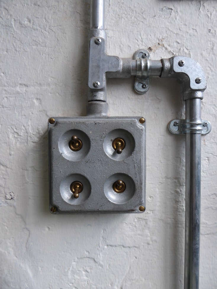 industrial-electric-light-fitting-outlet-ebay-conservatory-archives-gardenista
