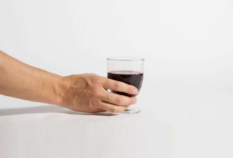 la-rochere-beveled-wine-glass-remodelista-1-768x520