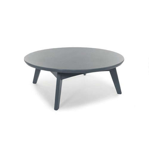 recycled-plastic-outdoor-round-coffee-table-loll-gardenista