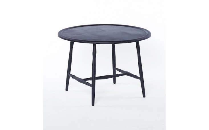 round-black-metal-outdoor-coffee-table-gardenista
