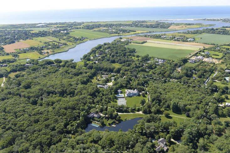scott-mitchell-bridgehampton-landscape-garden-aerial-view-gardenista