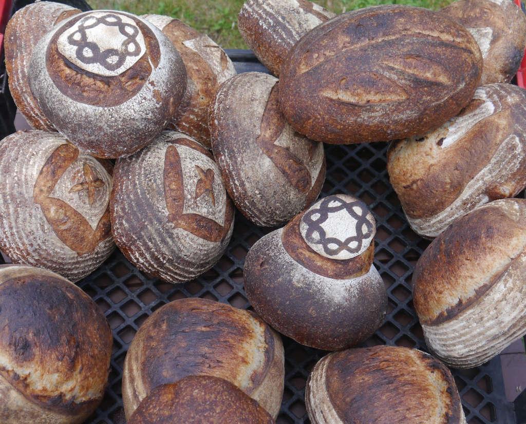 Honey Grove Bread Gardenista by Sylvia Linsteadt