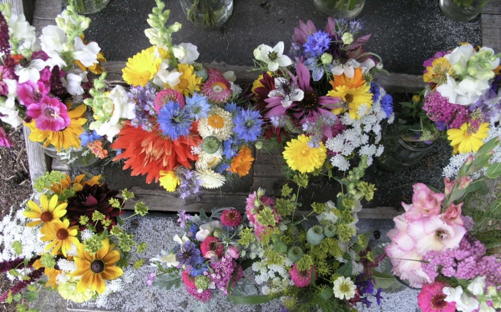 More Farmship Bouquets Gardenista by Sylvia Linsteadt