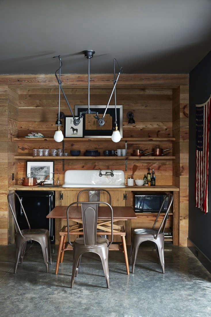 barliswedlick-barn-farm-sink-kitchen-tolix-microwave-gardenista