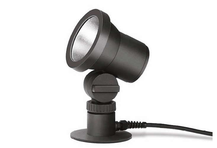 bega-outdoor-lighting-spotlight-gardenista