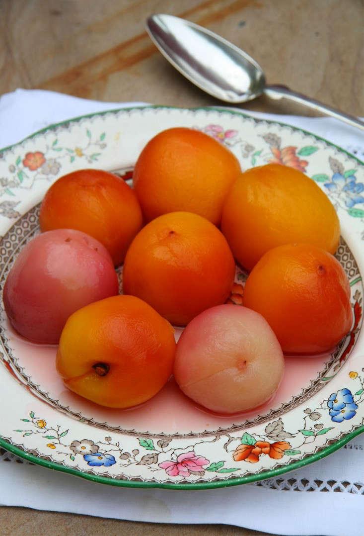 peaches_poachedpeaches_marieviljoen_gardenista