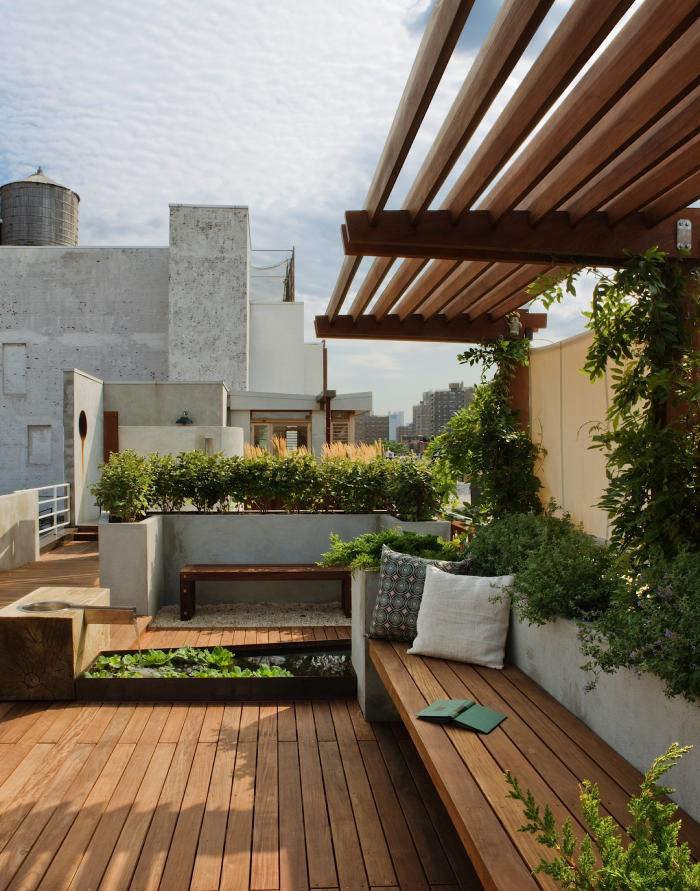 Landscape Design: 10 Simple Layouts For Summer Roof Gardens - Gardenista