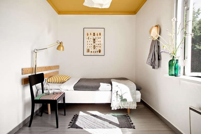 sagverket-sawmill-bedroom-sweden-remodelista-768x512