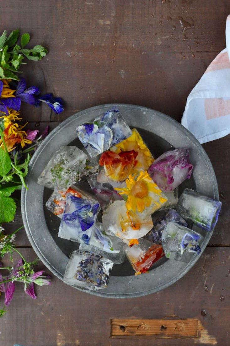 sarah.waldman_edible Flowers_Gardenista_current_obsessions