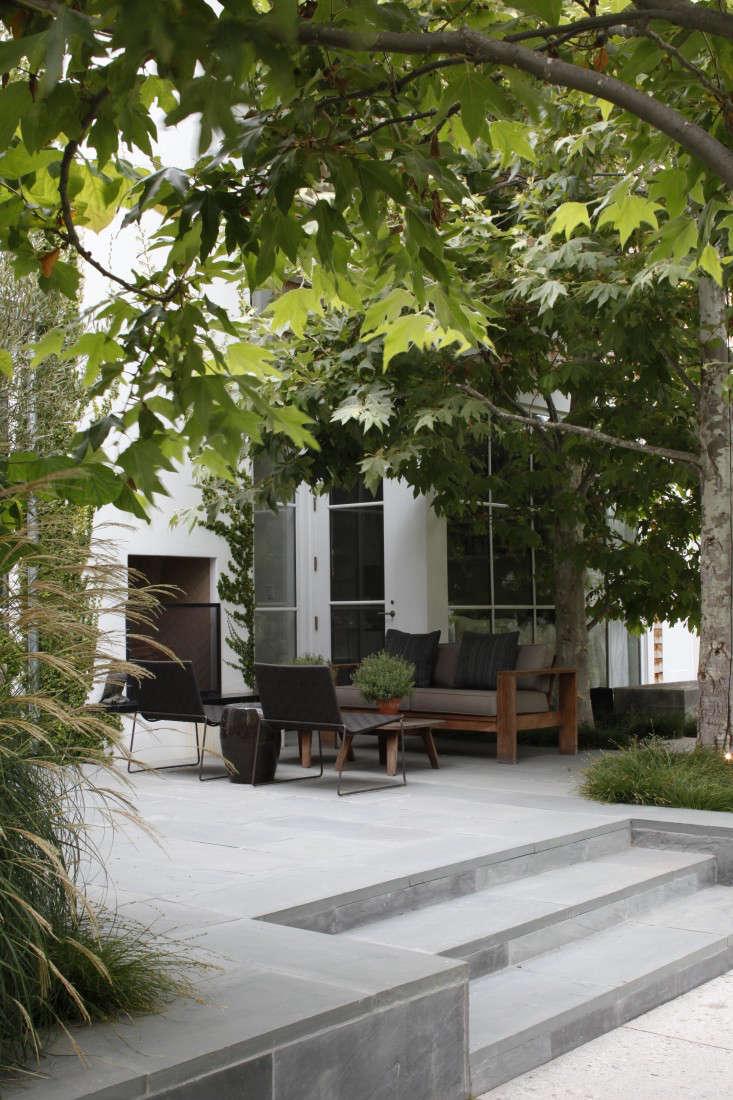 Mark-Tessier-pacific-palisades-garden-outdoor-lounge-bluestone-stairway