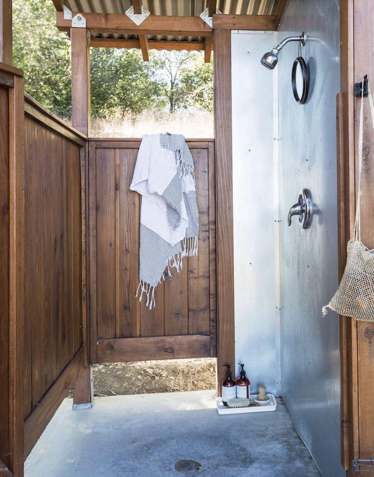 Outdoor showers Napa valley platform camping
