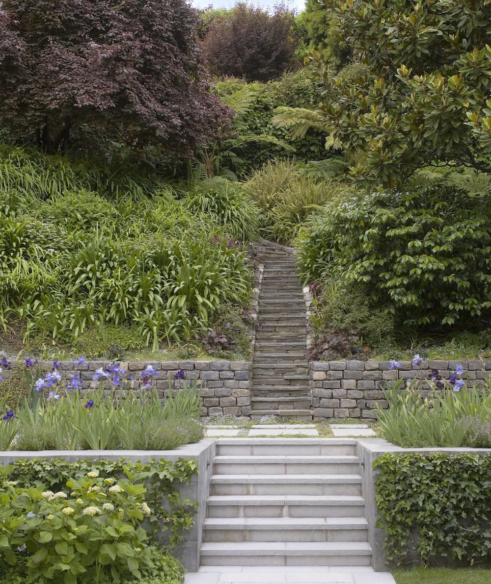 Scott-Lewis-Terraced-SF-Garden-Gardenista-6