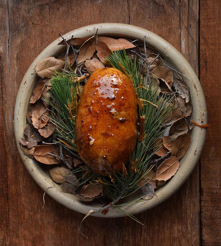 baked-potato-pine-sap-pascal-baudar