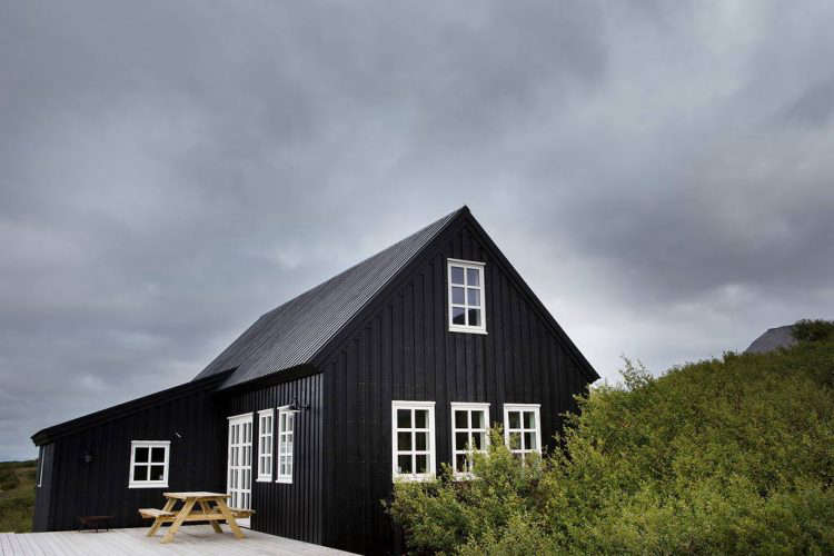 black-timber-frame-house-iceland-airbnb