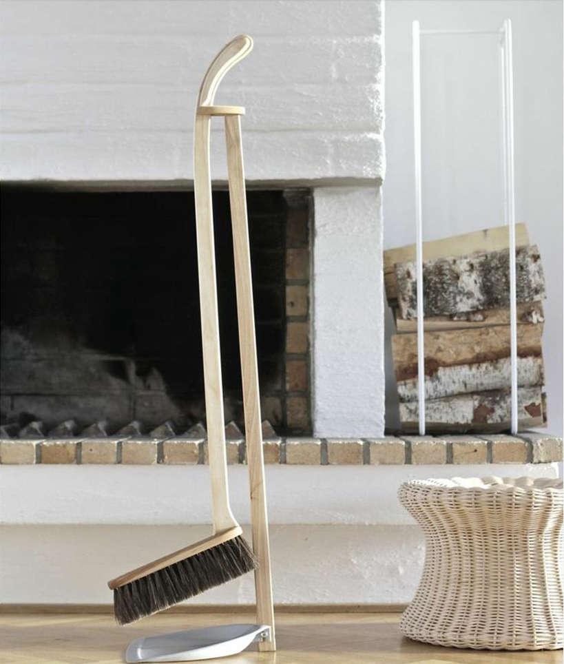 iris-hantverk-broom-and-dustpan-set-2