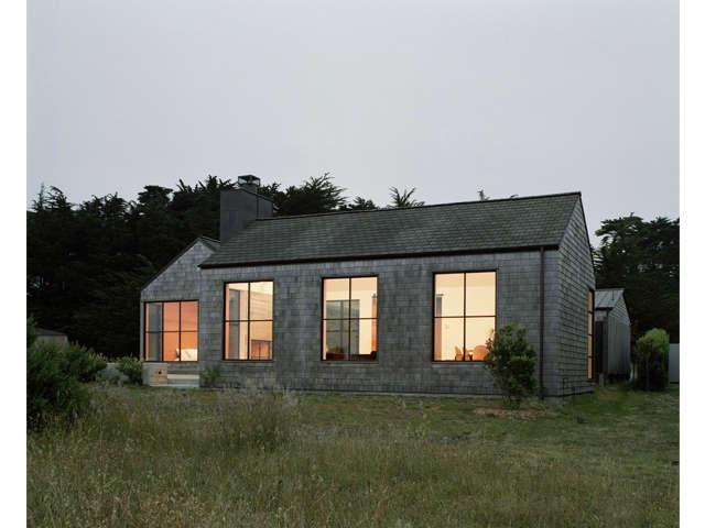 sea-ranch-cedar-shingle-facade-nick-noyes-architect