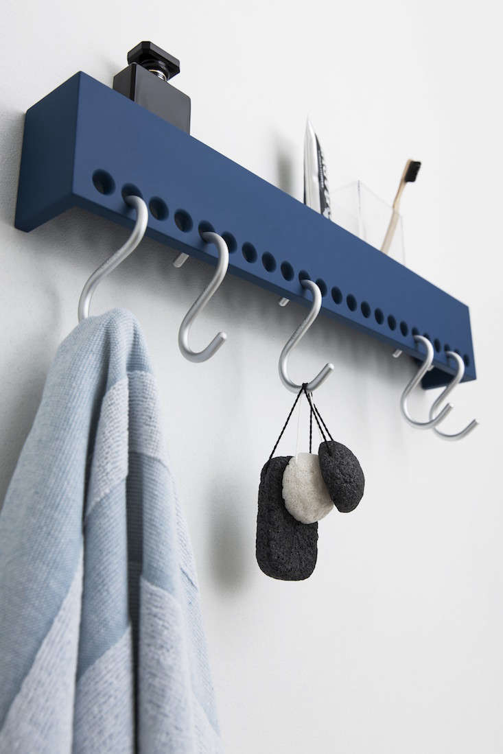 so-hooked-wall-rack-2013-1