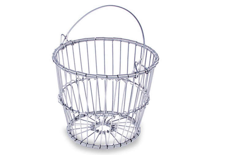 A galvanized Peck Clam Basket with a bale handle is $33.95 from Clamming.