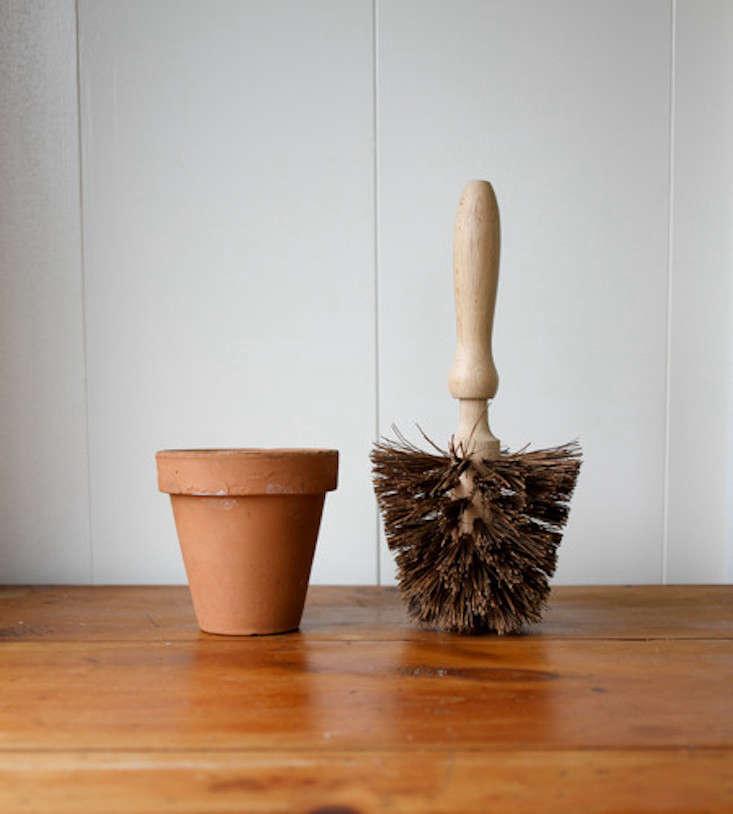 flowerpot-brush-brookfarm-general-store