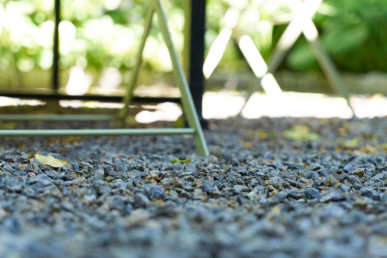 jen-catto-gravel-back-garden-brooklyn-douglas-lyle-thompson-DSC00942