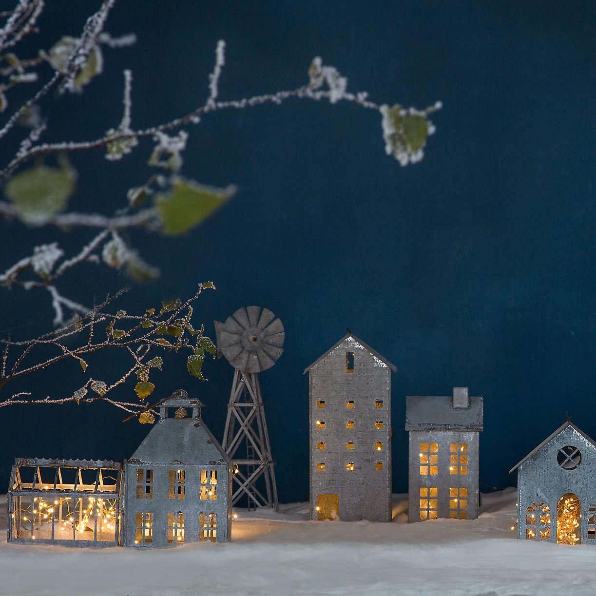 terrain-christmas-village-zinc-town-country-lanterns