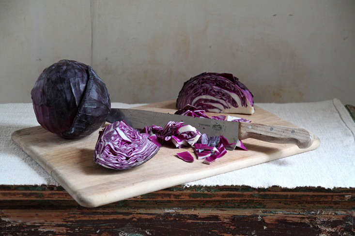 cabbage-dye-holiday-tablecloth-justine-hand