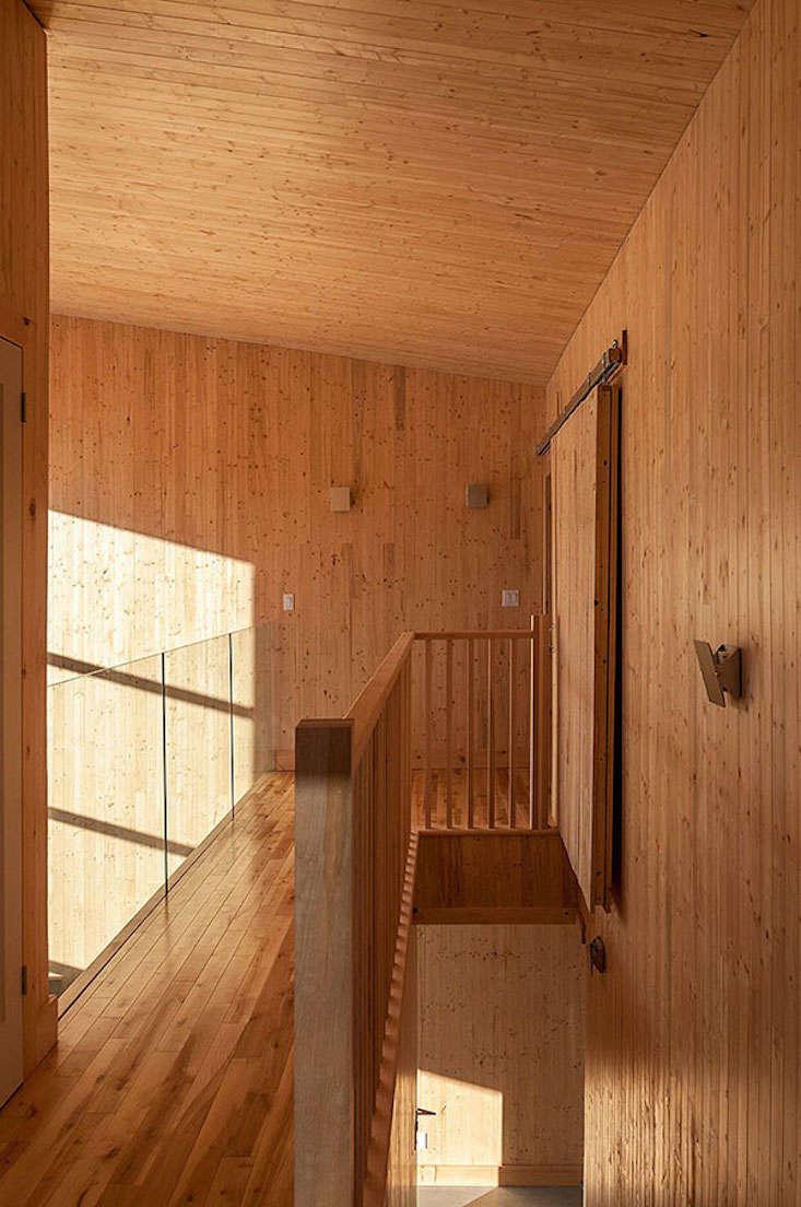 cabin-canada-atelier-labri-le-wood-duck-6
