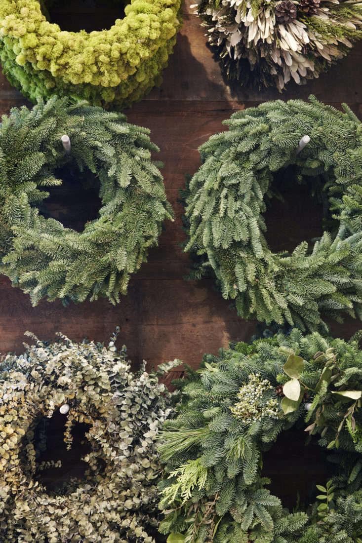 caitlin-atkinson-wreaths-terrain1611-006