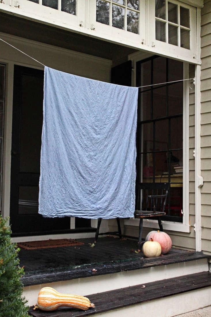 diy-clothesline-natural-dye-justine-hand