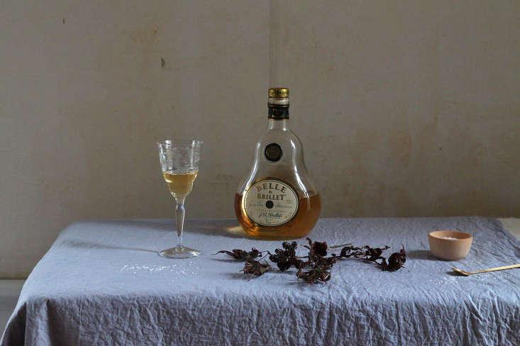 diy-lavender-holiday-tablecloth-natural-dye-justine-hand