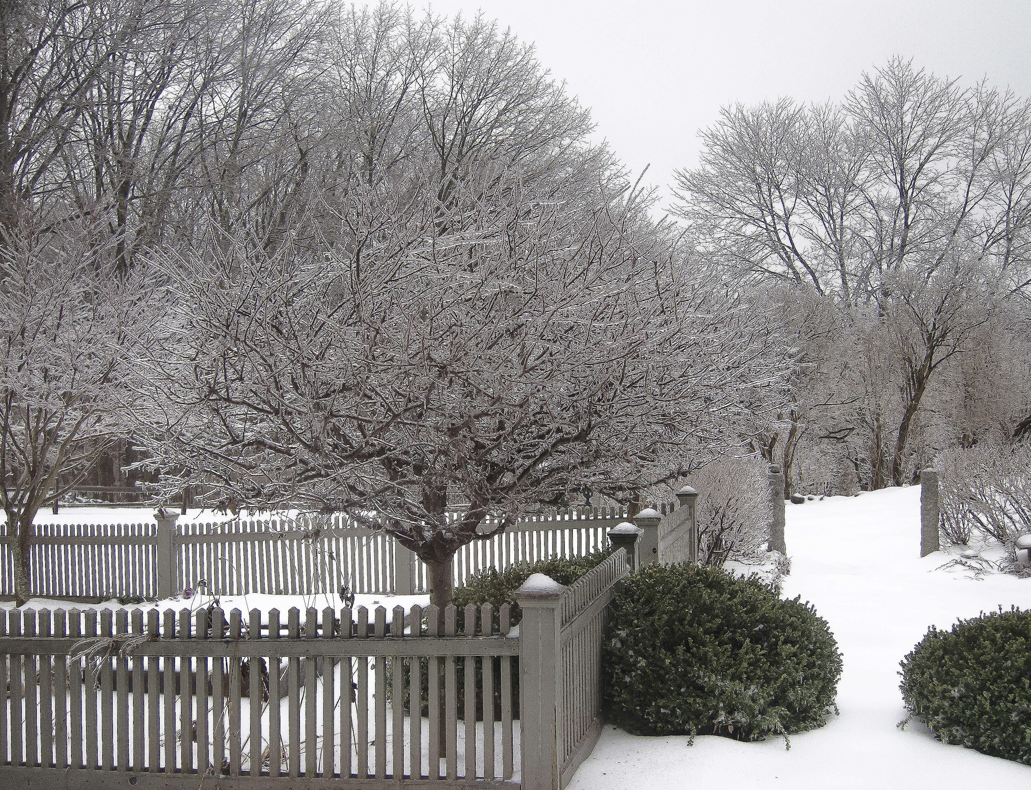 juniper-hill-winter-garden-picket-fence-snow-joseph-valentine-11