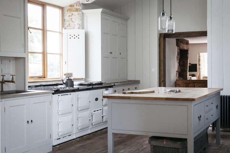 dorset-farmhouse-kitchen-plain-english-2-768x512