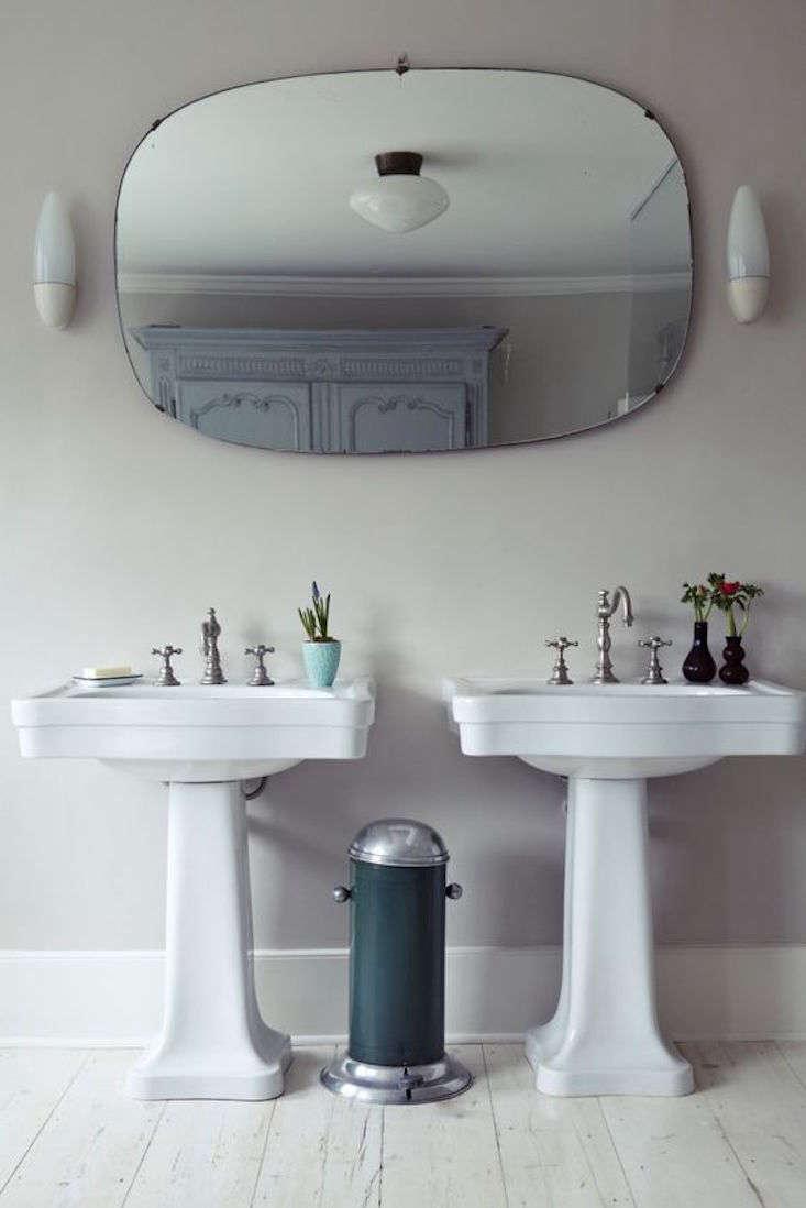 double-pedestal-sink-michelle-mckenna