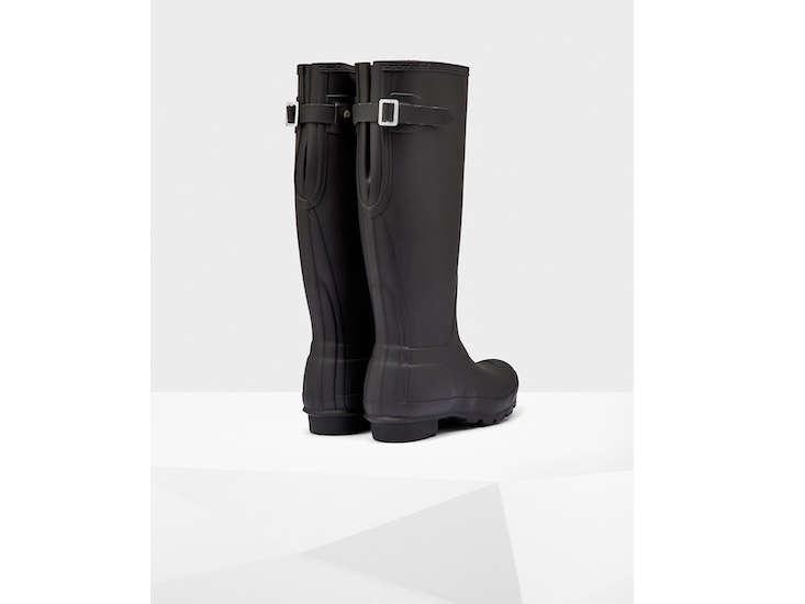 hunter-wellington-boots-buckled