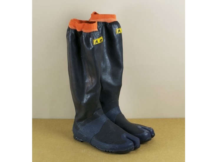 japanese-toe-work-boots-objects-of-use