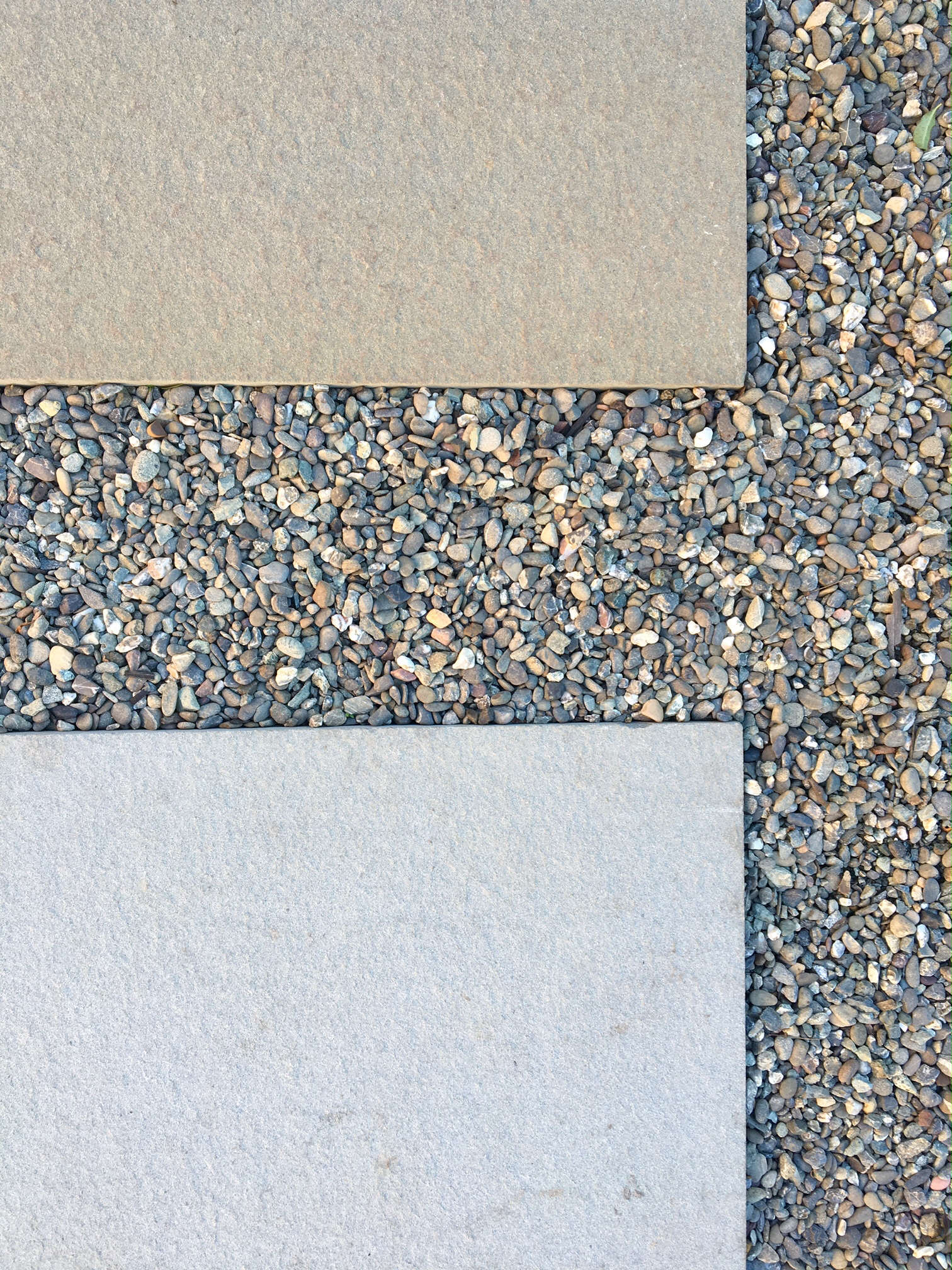 Pea gravel filler is used as a permeable &#8