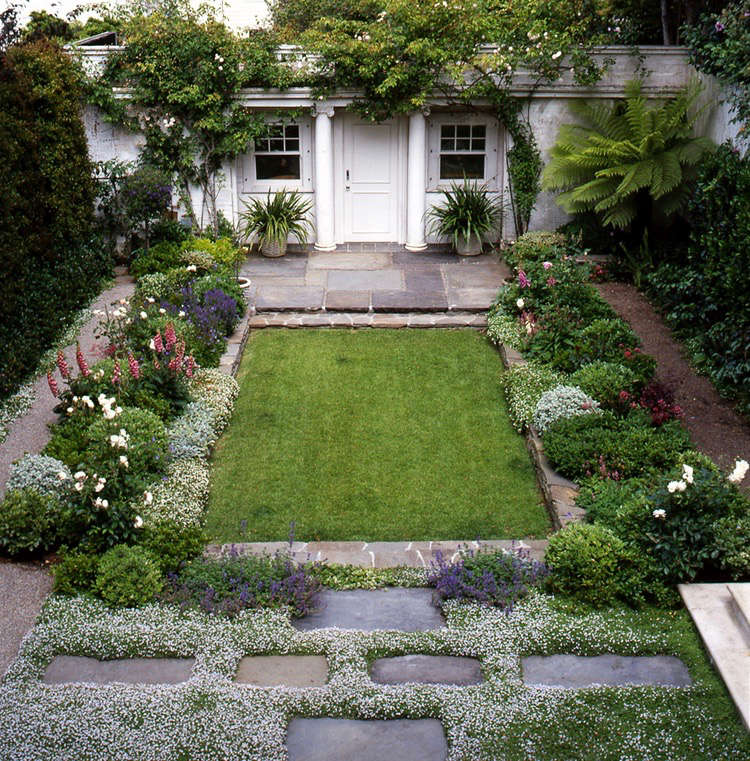 plants-between-pavers-eve-everdell-2