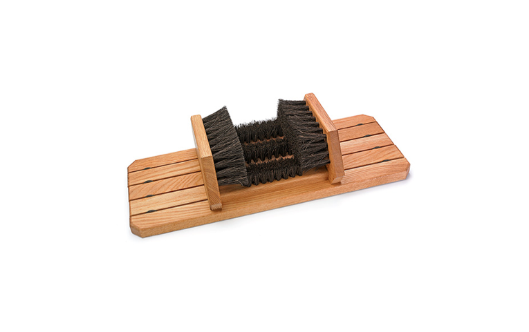 From the family-owned German firm Redecker, aBoot Brush has a European oak base that&#8\2\20;won&#8\2\17;t slide, even with vigorous efforts to remove mud from boots;&#8\2\2\1; it&#8\2\17;s \$84.50 from Lee Valley Tools.