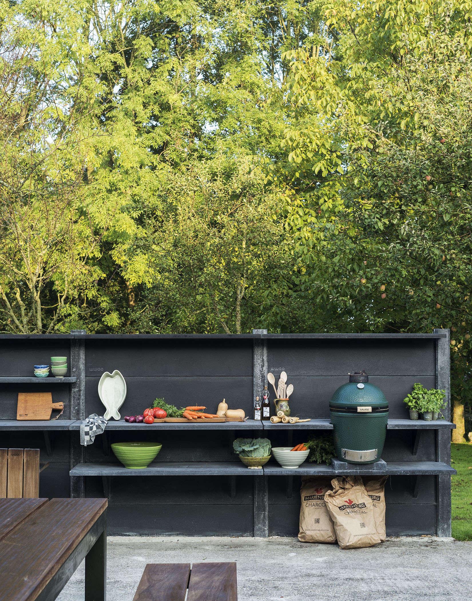 WWOO-outdoor-kitchen-big-green-egg-matthew-williams