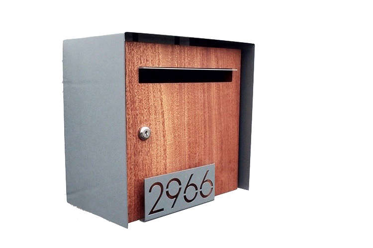 house-numbers-henry-wall-mount-mailbox-deusmodern