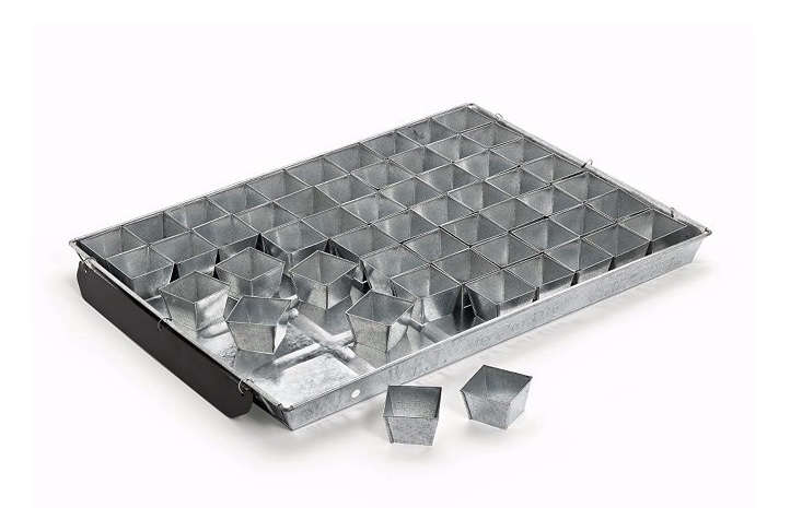 Available in two sizes, aCultivation Tray runs €48 to€73, depending on size from Manufactum. The large size (shown) has 70 individual pots for seedlings.