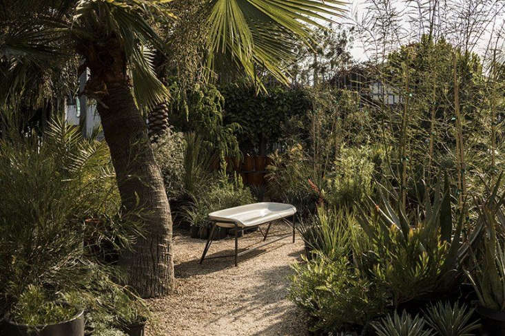 On Kristen&#8\2\17;s radar: Galanter & Jones&#8\2\17; heated Pylos Bench, a Gardenista favorite, is on sale nowthrough May—one way to get through the chilly days of spring. Photograph viaGalanter & Jones.