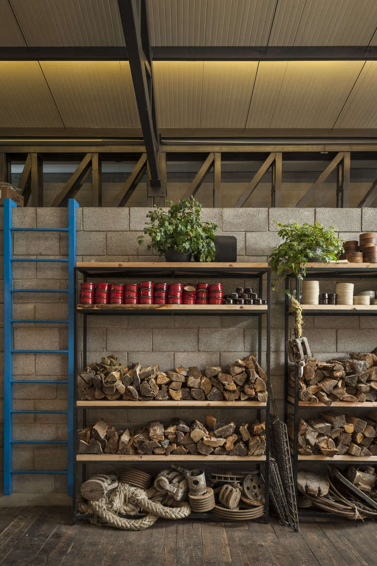 For more of this project, see Restaurant Visit: Baja Transported, in Mexico City. Photograph by Luis Gallardo courtesy of Estudio Atemporal.